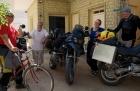 Motorradurlaub 2014, Tunesien, Tozeur-Douz, Chott El Jerid, einspurig-unterwegs-1