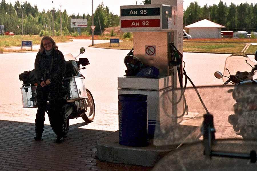Motorradurlaub Ostsee 2005, Russland nach Finnland 3