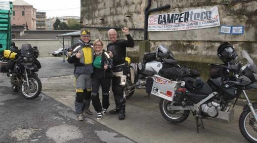 Motorradurlaub-2014-Anfahrt-Genua-Fähre-Richtung-Tunesien-einspurig-unterwegs