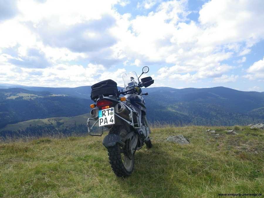 Motorradurlaub-2013-Offroad-Kaparten-Rumänien-Einspurig-Unterwegs