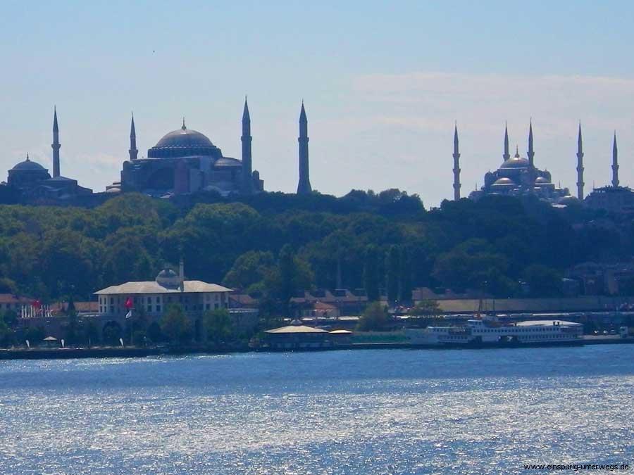Motorradurlaub-2013-Istanbul-Einspurig-Unterwegs